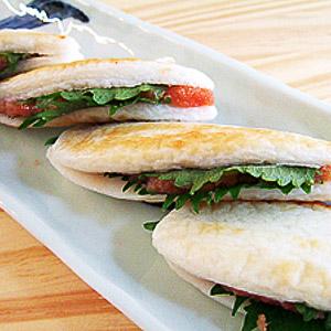 笹かまの明太サンド